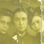 Klaudia Oberhard z dziecmi: Aleksandrem i Anna ( 1936 r. )