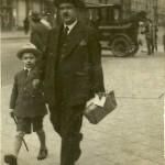 Izydor z synem Aleksandrem w 1923 roku (Leningrad)
