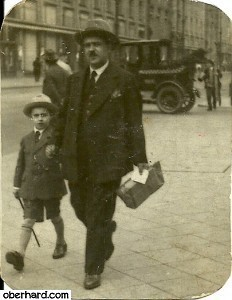 Izydor z synem Aleksandrem w 1928 roku (Leningrad)