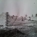 Budowa domu rodziny Tarlowskich na polach (dzisiejsza Sloneczna)