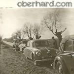 Auta kupione dla rządu od Niemców w drodze do Polski (1946)